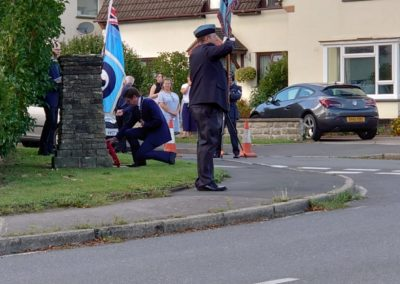 Mayor Upcraft laying a wreath at the cairn.